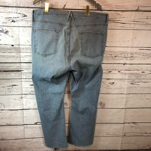 Good American Jeans - Good American Crop Raw Hem Good Boot Jeans Blue063